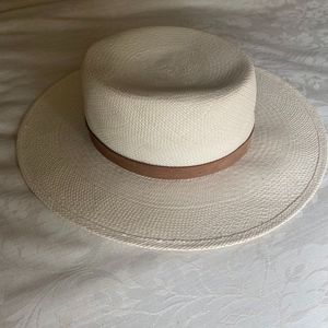 Janessa Leone White Straw Bolero Hat | Sz M